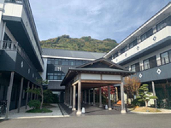 山源山乃花 株式会社 尾道いちょうの樹・求人番号640980