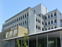 利根 保健生活協同組合  利根中央病院
